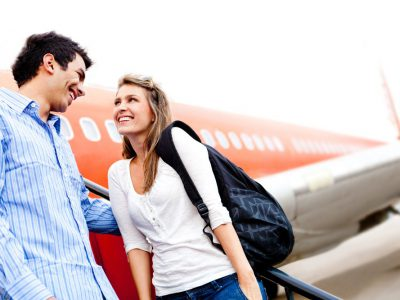 Cần lên kế hoạch đón vợ/chồng hoặc người yêu tại sân bay