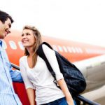 airport-couple-370x240