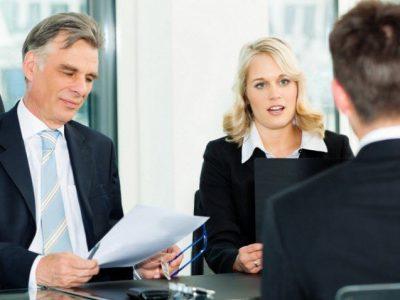 Bạn sẽ gặp nhiều khó khăn khi trả lời những câu phỏng vấn của nhân viên Sở Di Trú